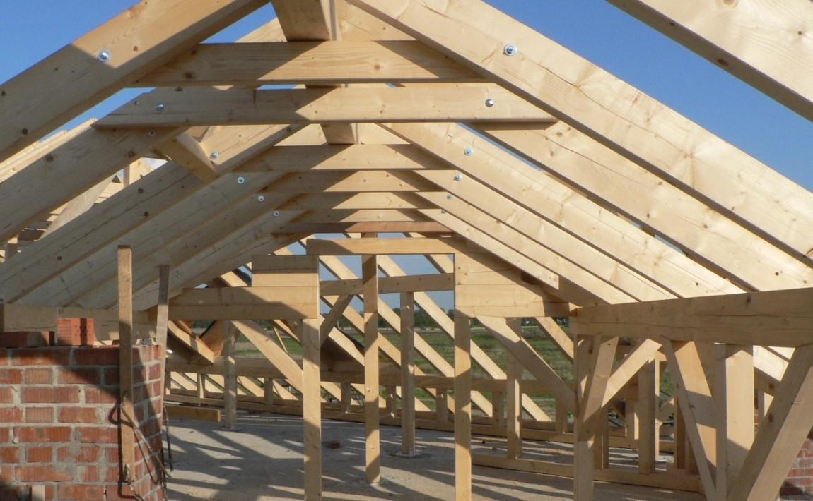 Миниатюра к статье На что обращать внимание при покупке древесины для стропильной фермы